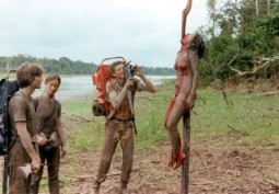 {Photo 3 de Cannibal Holocaust}
