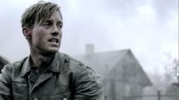 {Photo 2 de Generation War}