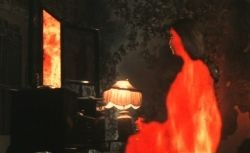 {Photo 4 de Hausu}