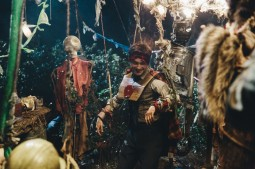 {Photo 2 de Swiss army man}