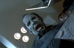 {Photo 4 de Tales from the crypt}